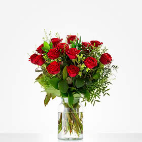 Lovely red roses; excl. Vase